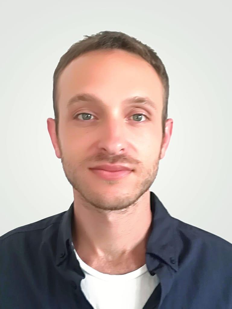 דן שניידר - אוסטאופת