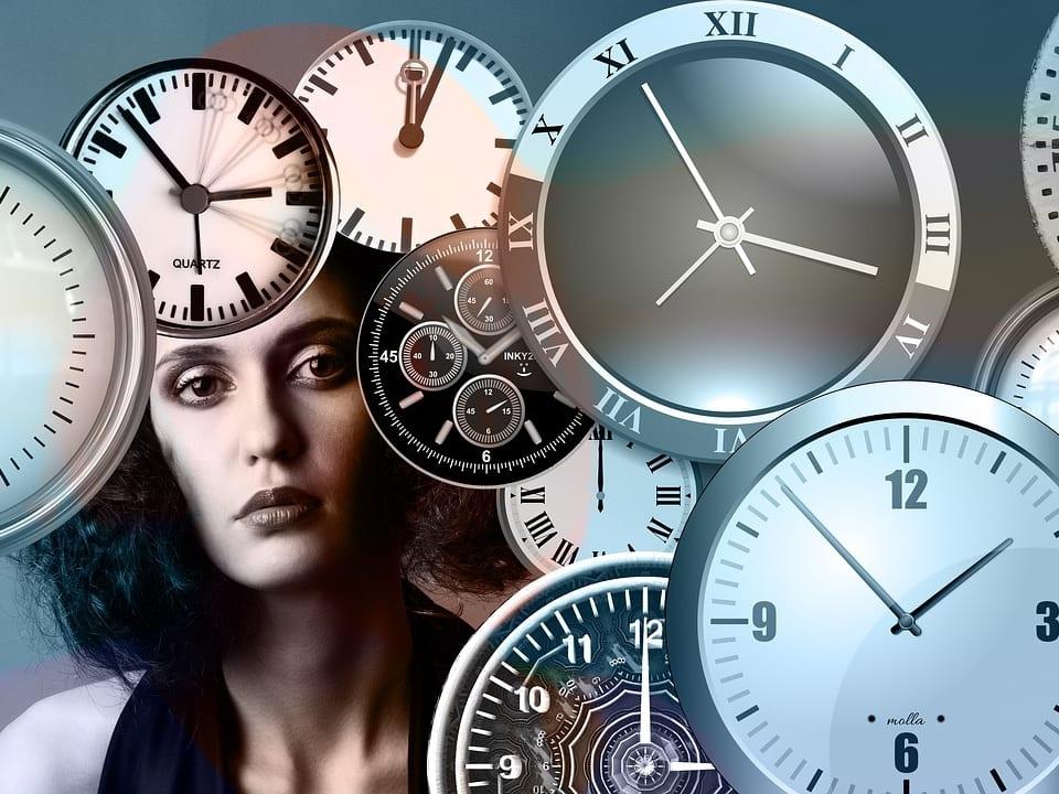 כאשר אני כופה את עצמי על השעון
