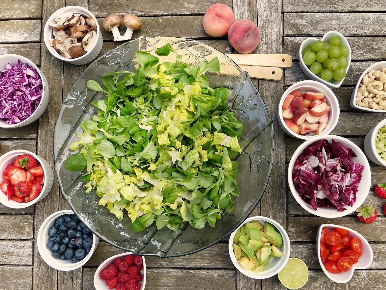 על תזונה ומניעת סרטן שד