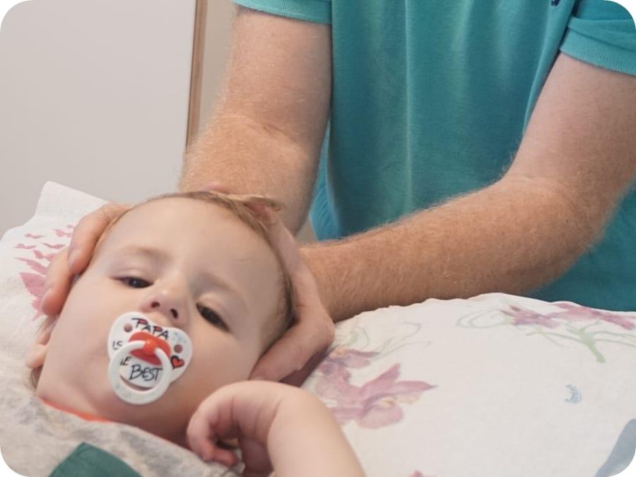 אוסטאופתיה לתינוקות, כאבי גב עליון